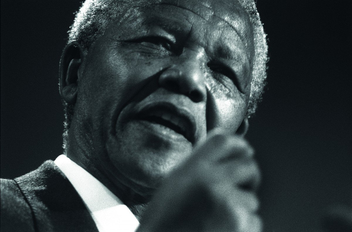 Nelson Mandela in Glasgow, Scotland, on 9th October 1993. Mandela was in Glasgow to receive the 'Freedom of the City' honour.. Image shot 1993. Exact date unknown.