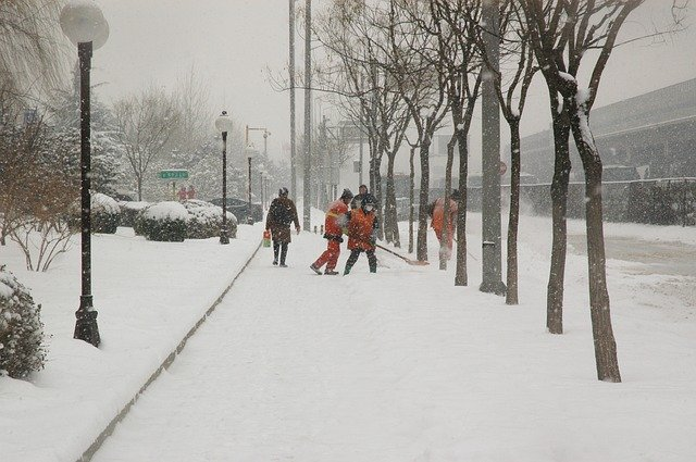 snowfall-15980_640