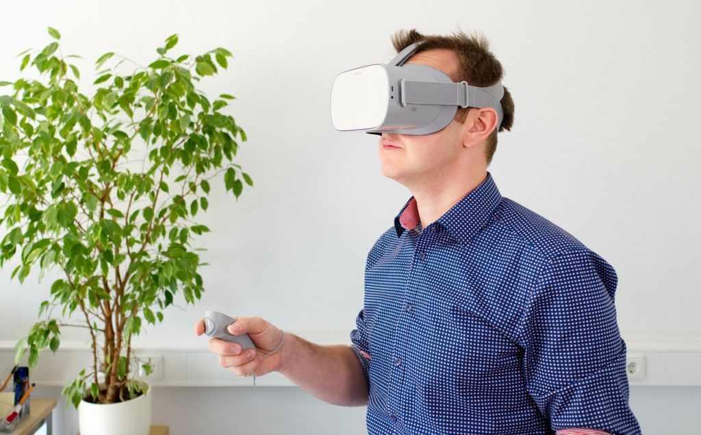 Virtual reality at Lendlease - man wearing VR headset