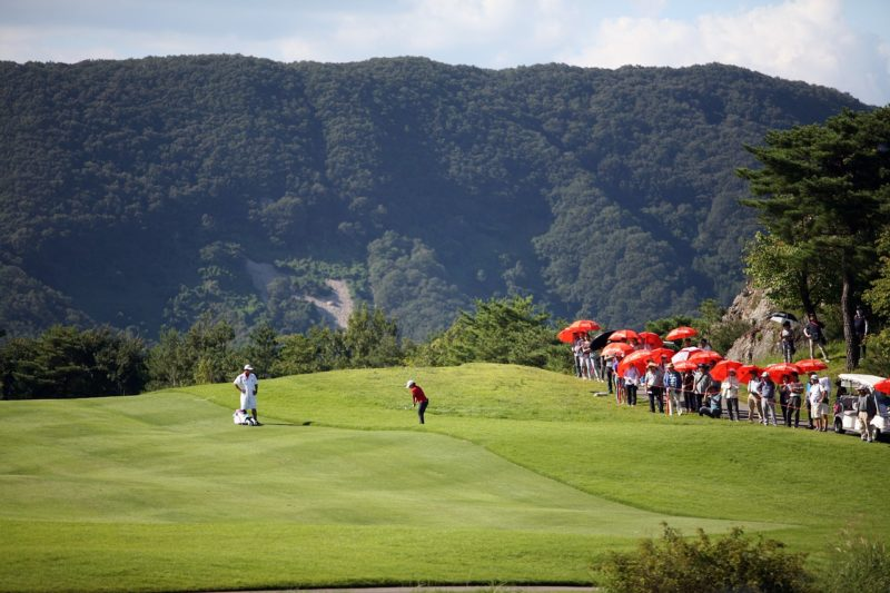spectator safety at golf